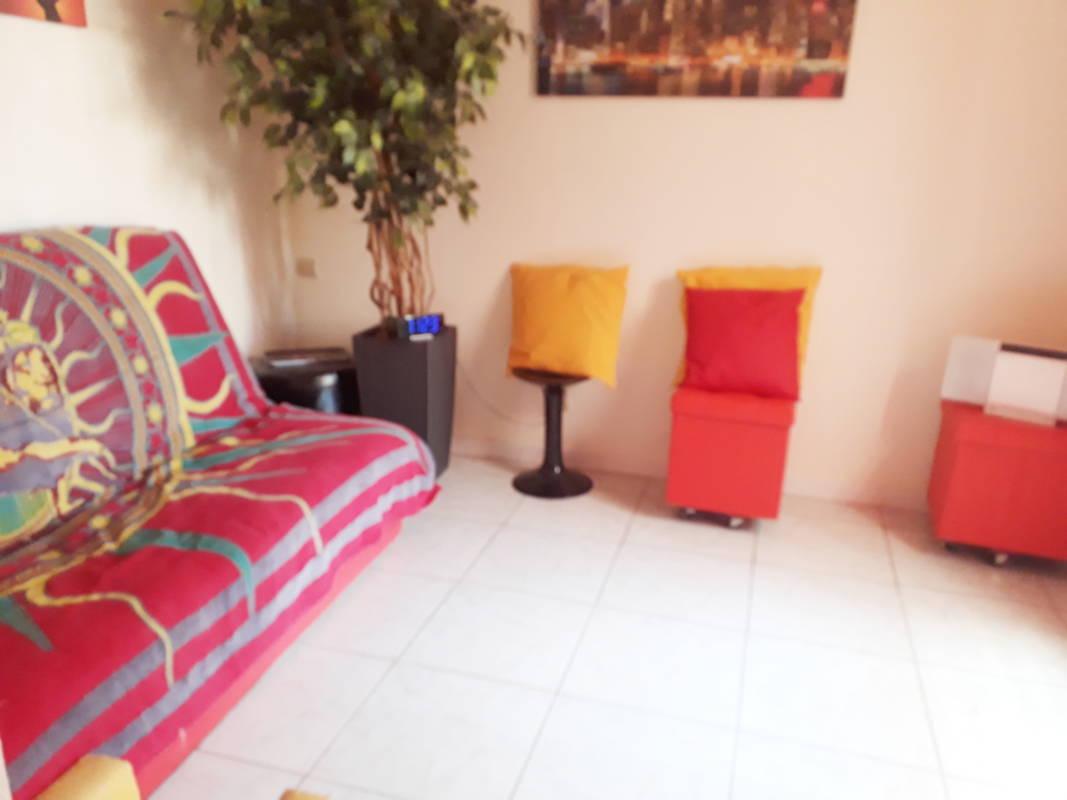 Pigassou Immobilier Galerie - PAVILLON 2 ESPACES NUITS NON MEUBLE AVEC PISCINE