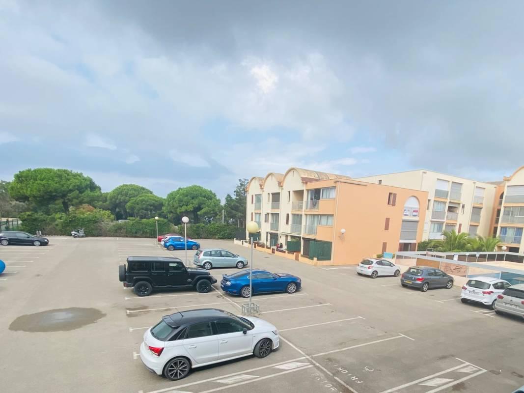 Pigassou Immobilier Galerie - T2 dans résidence avec piscine centre port